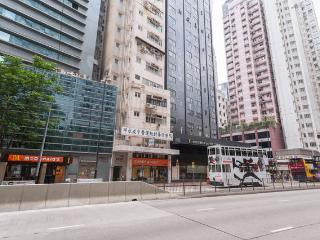 2 BR Apartment in Tin Hau, King's Road