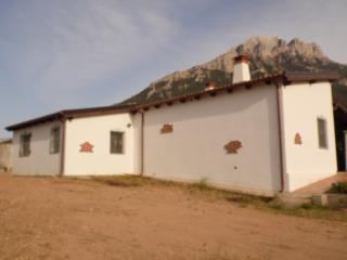 Villa Arthana, Oliena