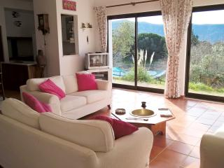 3BR house & pool, Arrábida, Azeitão. near beaches