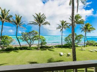 Kapaa Shore Resort #207, Oceanfront, 2nd Floor, New Cal King Bed, Wifi