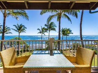 Kapaa Shore Resort #305, Oceanfront, Views, Near Shops, Restaurants & Beaches