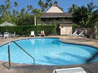 Plantation Hale J8, Garden View, Ground Floor facing the Ocean, AC, Wifi, Kapaa