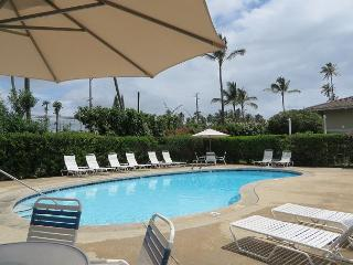 Plantation Hale F8, Near shops, restaurants and beaches.  Air conditioned!, Kapaa