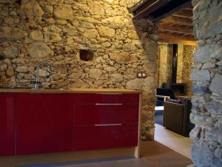 C A N  D O U  Casa rural en la Garrotxa, Girona