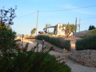 Graziosa e rifinita casa indipendente in campagna, Castellana Grotte