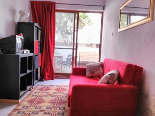 Ezmi Aparts    .( Ground floor 1 bedroom)