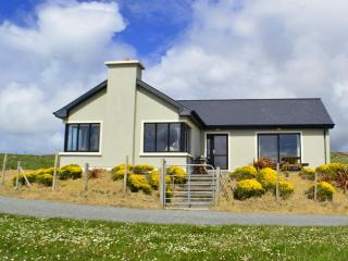 Cottage 103 - Claddaghduff - Beach Side Property Claddaghduff Clifden