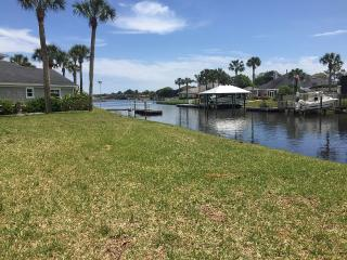 Breathtaking Views! Intercoastal waterfront home