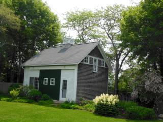 Guest House in Converted Barn, Vineyard Haven