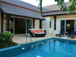 Beautiful 3 bedroom Private Pool Villa Nai Harn