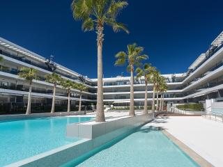 ROYAL BEACH SUITE 4 BEDROOMS, Sant Josep de Sa Talaia
