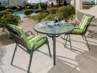 Ground Floor Diana 49,  Universal, Kato Paphos - Free Wi-Fi & UK TV