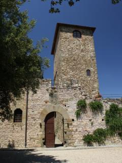 torre vista dall'entrata