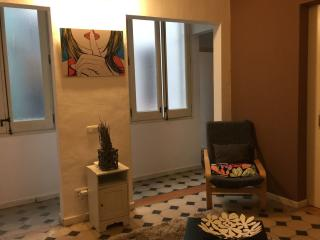 CHEAP&COOL  FLAT IN HEART OF CITY, Barcelona