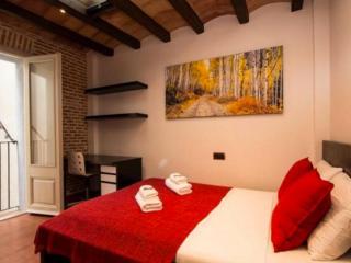 GORGEOUS FLAT HEART BCN 4A, Barcelona
