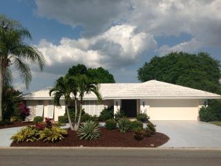 Beaches! Sunsets! Comfort! Beautiful Pool Home!, Osprey