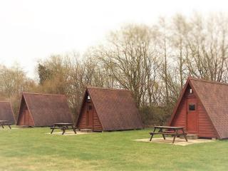 Linwater Caravan Park - Timbertent Glamping Pod, Newbridge