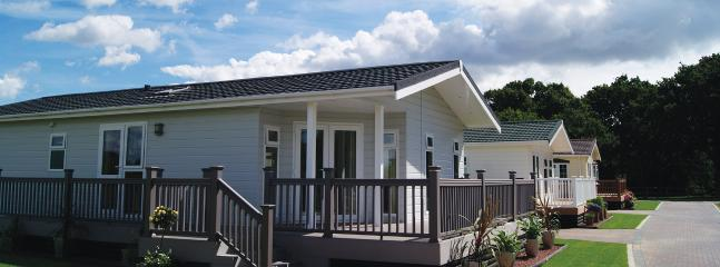 2 Bedroom Deluxe Lodge at Elm Farm, Clacton-on-Sea