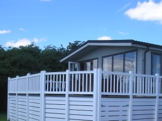 3 Bedroom Deluxe Lodge at Lazy Otter, Ely