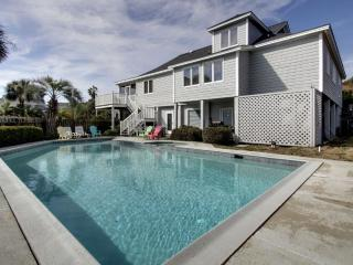 6 50th Avenue, Isle of Palms