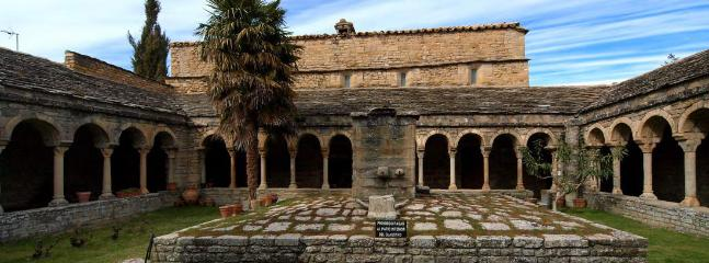 Claustro Catedral Roda de Isabena