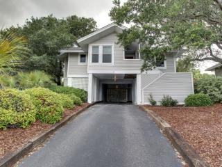8 Ocean Park Court, Isle of Palms