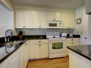 Renovated Kitchen, Fully Equipped