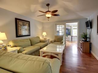 4 Twin Oaks Lane, Isle of Palms