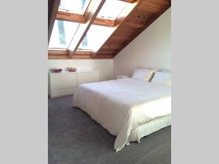 QK SkyView Bedroom, Lions Bay