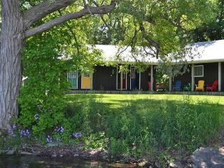 Hampton's Bay Cottage