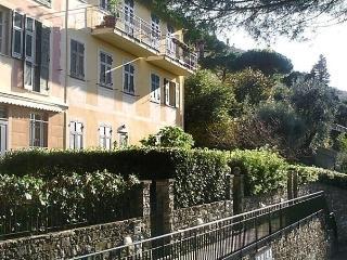 Mortola, Camogli