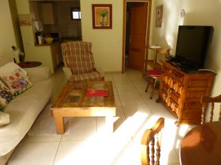 One-bedroom  Apartment in Puerto town centre, Free Wifi