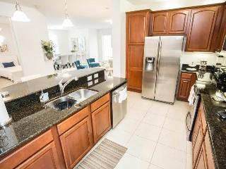 Disney On Budget - Vista Cay Resort - Welcome To Contemporary 3 Beds 2 Baths