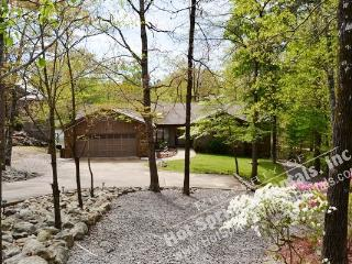 21ToleDr |Lake DeSoto Home | Sleeps 6|WI-FI Access, Hot Springs Village