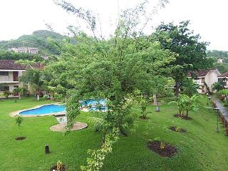 Little Dreams Studio Condo A/C cable and internet, Playa Ocotal