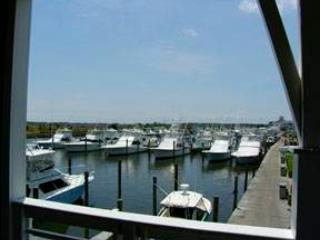 Marinaview 3Br w/ pool access - Gulfstream Village #111, Manteo