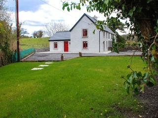 BRAMBLE COTTAGE, end-terrace, solid fuel stove, garden, nr Foxford, Ref 935417