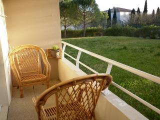 Beaux-Arts 50 m2 terrasse agréable, calme, soleil, Montpellier