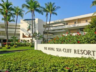 Deluxe Ocean front Resort, Kailua-Kona