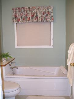 First floor bathroom with jetted tub
