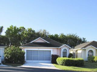 Beautiful home close to beach and town!, Vero Beach