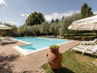 POGGETTO Apt in a Florentine Country Villa, Figline Valdarno