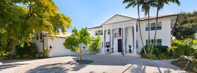 Luxurious Seven Bedroom Property, Miami Beach