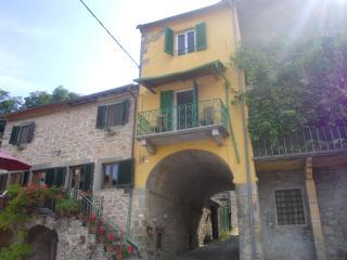Casa arco, Bagni Di Lucca