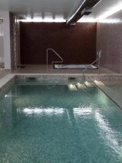 Resort indoor pool