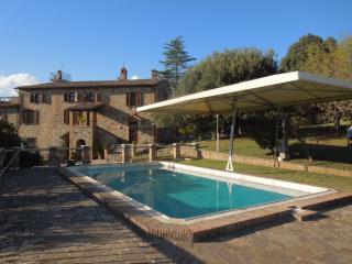 Luxury Villa overlooking the valley