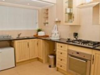 Apartment 1: fully equipped kitchen