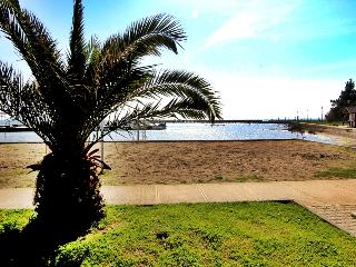 Two bedroom apartment, seaview, 100m from sea, Privlaka