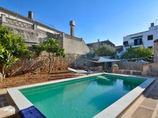 WINTER OFFER!Mallorca family country house, Algaida