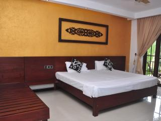 Anne Residence Canal View large room with balcony, Negombo